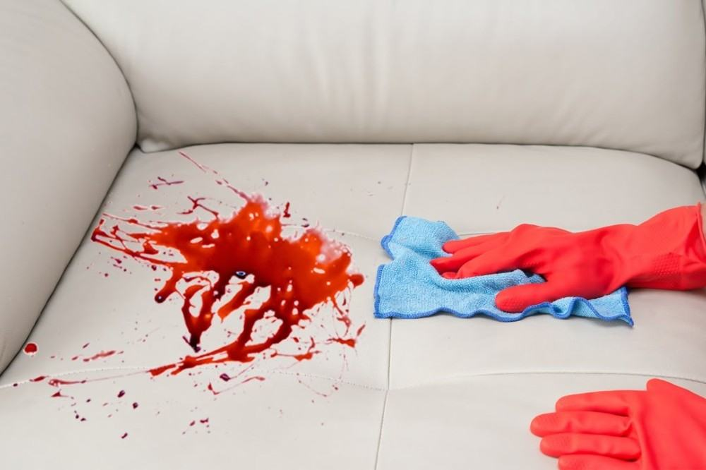 Leather Sofa Cleaning: Things to Do in the Event of Spillages